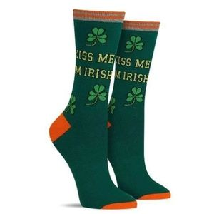 NWT KISS ME I'M IRISH SOCKS BY HOT SOX
